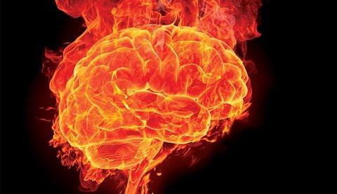 Cervello ansioso rappresentato da cervello avvolto dalle fiamme