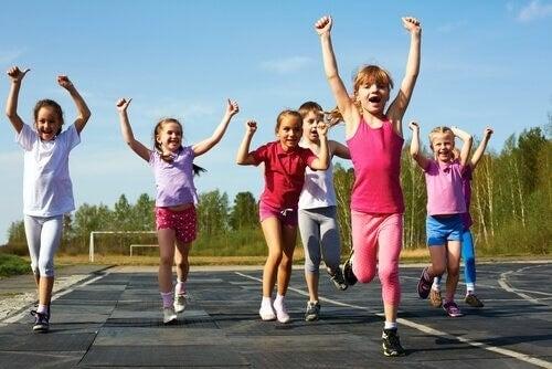 Bambini che fanno sport, perché è importante