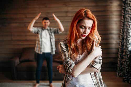 Violenza nelle coppie giovani, cosa succede?