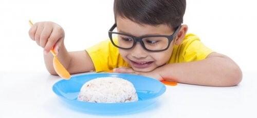 Teorie sulla fame: perché mangiamo?