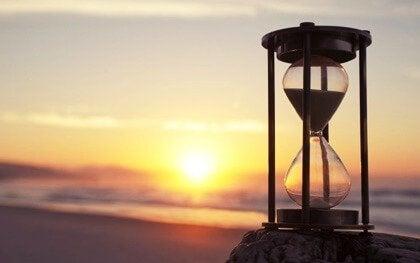 Pazienza cognitiva: affrontare il mondo senza fretta