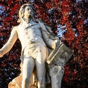 Wolfgang Amadeus Mozart, biografia di un genio immortale