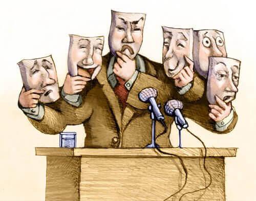 Politico con maschere
