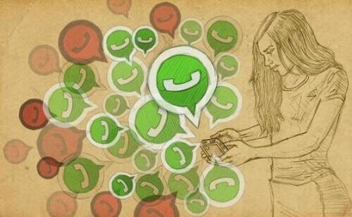 Ragazza gelosa controlla whatsapp