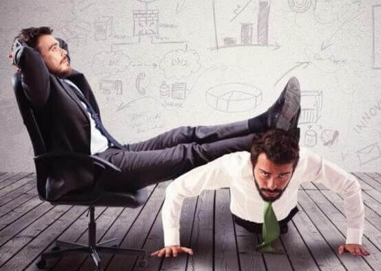 Essere conformisti con il datore di lavoro