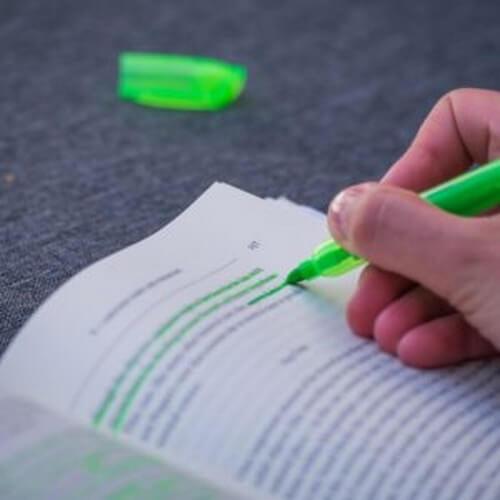 Sottolineare gli errori: inchiostro rosso o verde?