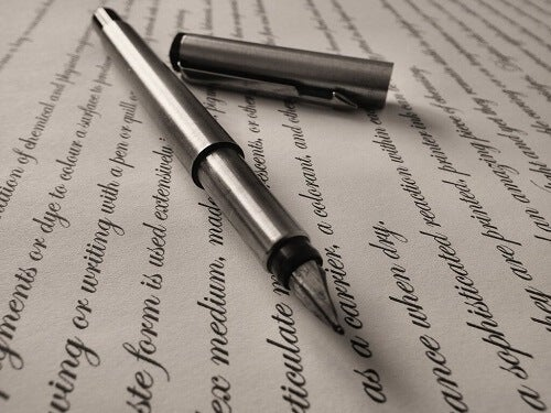 Frasi scritte a penna