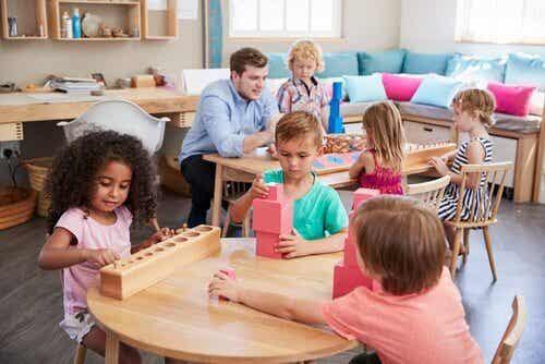 Maria Montessori e il suo metodo educativo