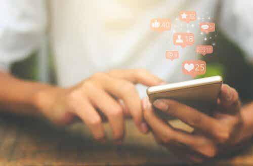 I social network e il sé disintegrato