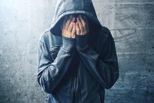 Differenze tra uso, abuso e dipendenza