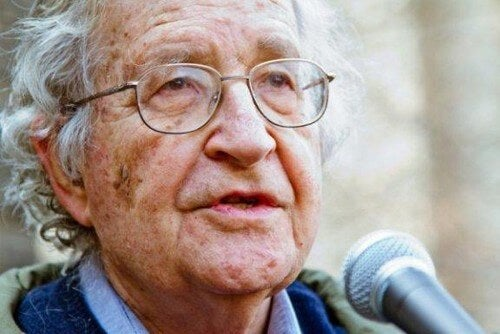 Post-verità e fake news secondo Chomsky