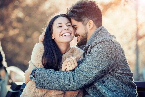 Essere gentili migliora le coppie