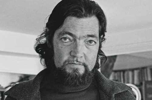 Julio Cortázar con la barba
