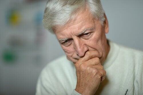 Uomo anziano con depressione senile
