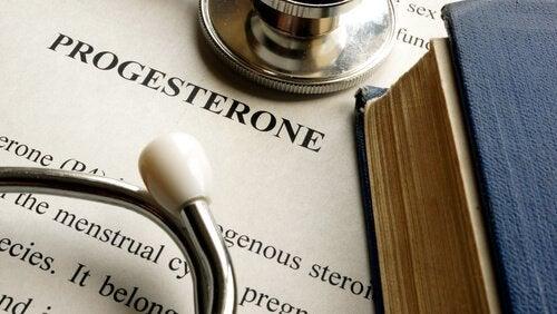 Definizione della parola progesterone