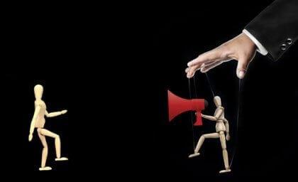 Teoria del frame e manipolazione comunicativa