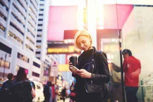 Smartphone zombie: come limitare il fenomeno