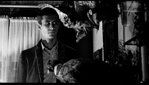 Norman Bates animali impagliati