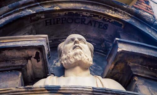 Busto di Ippocrate e storia della psicoterapia