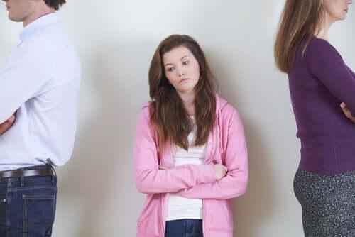 Timore di deludere i genitori genitori e figlia