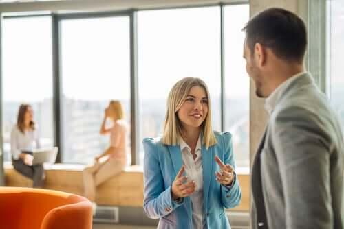 Strategie di persuasione e atteggiamenti