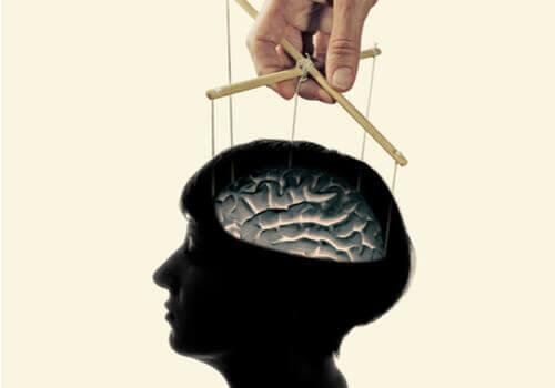 Lavaggio del cervello: mito o realtà?