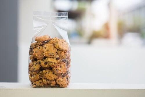 Breve storia sul pregiudizio: il pacchetto di biscotti