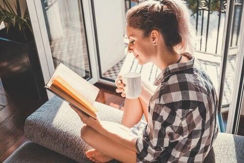 Sviluppare l'intelligenza emotiva con la lettura