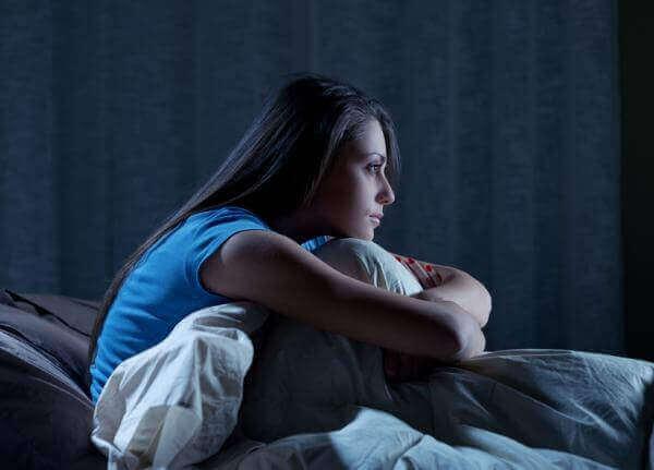 Donna sveglia per insonnia