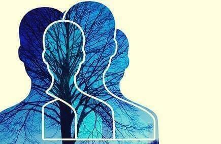 Sagome umane che rappresentano la teoria della mente