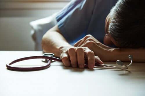 Medico con burnout