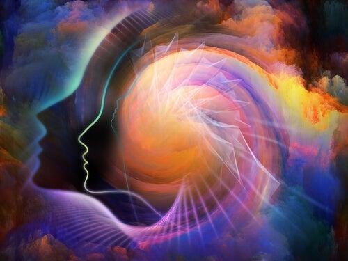Profilo di testa su sfondo spirituale