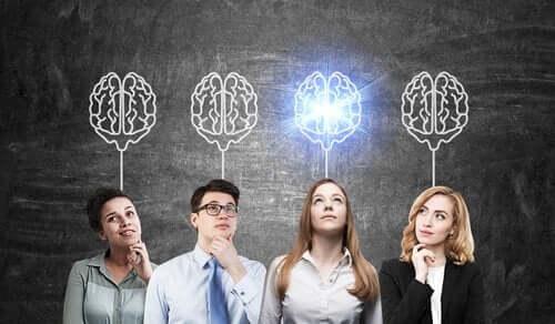 Impiegati che pensano come essere un leader
