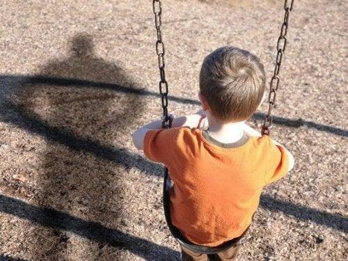 Bambino vittima di abusi