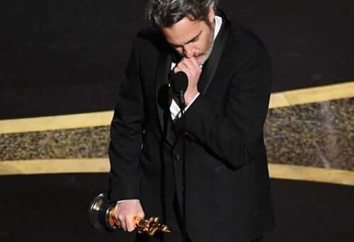Joaquin Phoenix che parla dopo aver vinto l'oscar