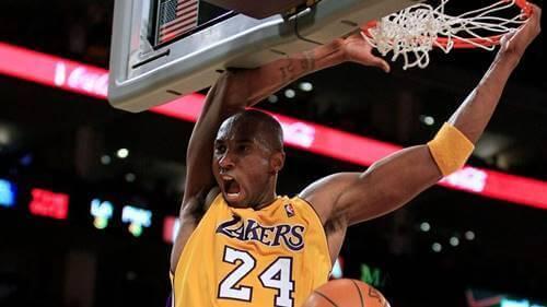 Kobe fa canestro