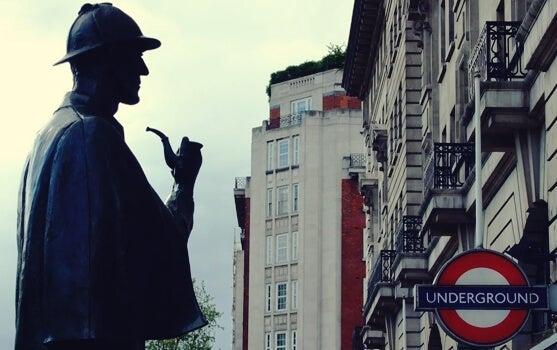 Statua di Sherlock Holmes a Baker street