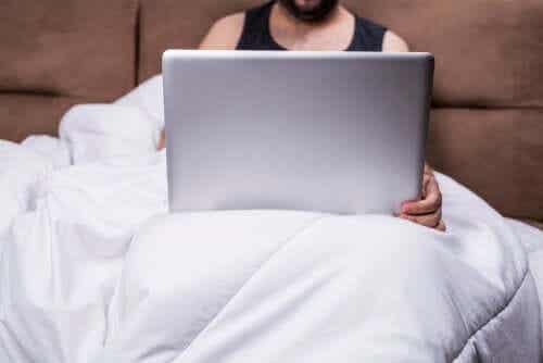 La pornografia influenza la relazione di coppia?
