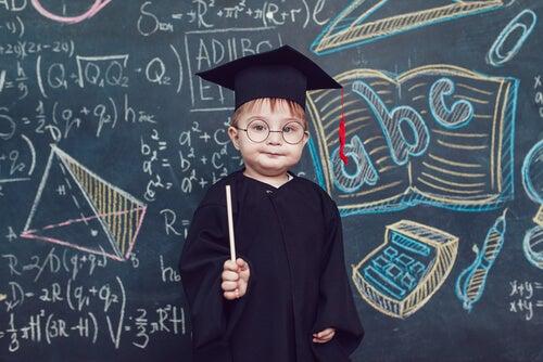 Pretendere che il bambino sia un genio a scuola