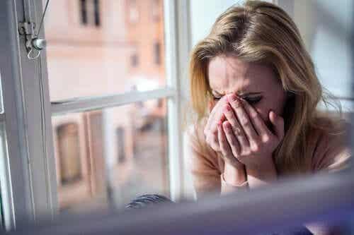 Lutto e coronavirus: il dolore degli addii in sospeso