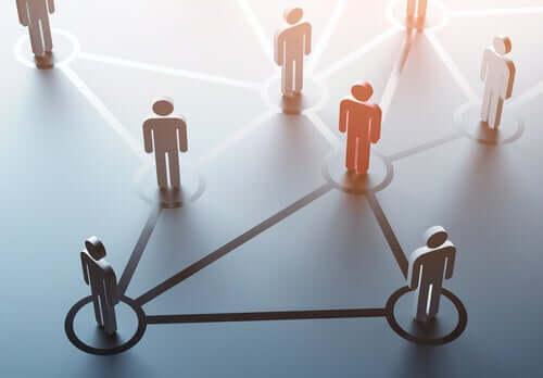Sagome unite da uno schema e comunicazione di impresa