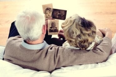 Terapia della reminiscenza: ricordi ed emozioni che guariscono
