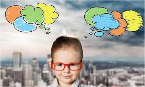 Teoria dello sviluppo cognitivo di Vygotskij