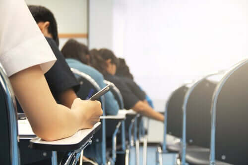 Paura degli esami: sintomi, cause e trattamento