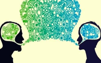 Linguaggio, comunicazione tra due teste
