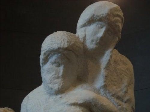 Pietà Rondanini di Michelangelo.