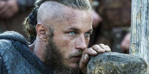 Ragnar Lodbrok attore
