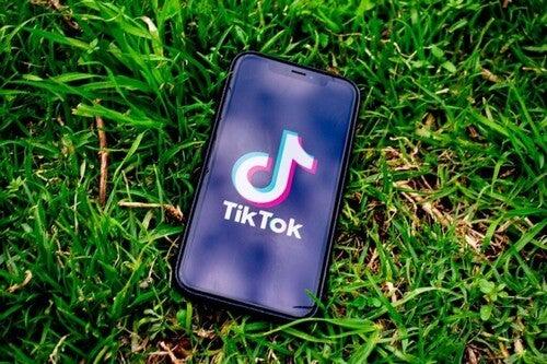 Tik Tok: effetti del social network più in voga