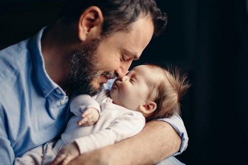 Diventare padre provoca cambiamenti ormonali