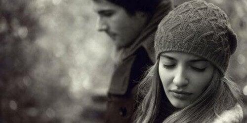Coppie che si lasciano pur amandosi, perché?